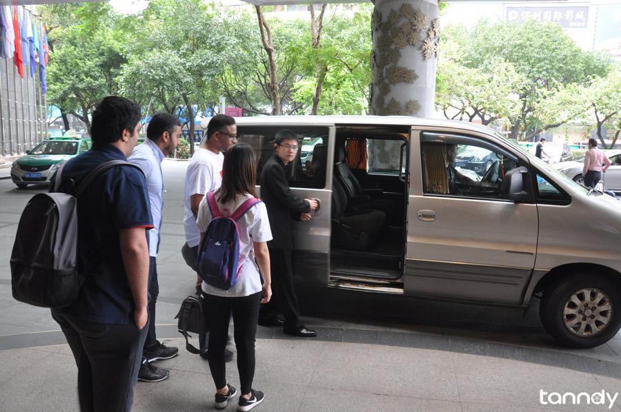 Tanndy-Guangzhou-baiyun-Airport-pickup-service