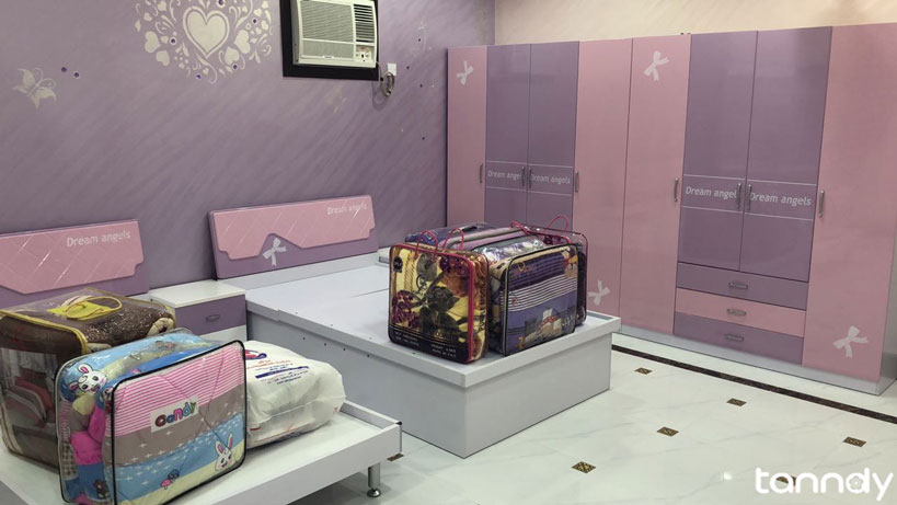 Building-house-in-Oman-pink-color-child-bedroom