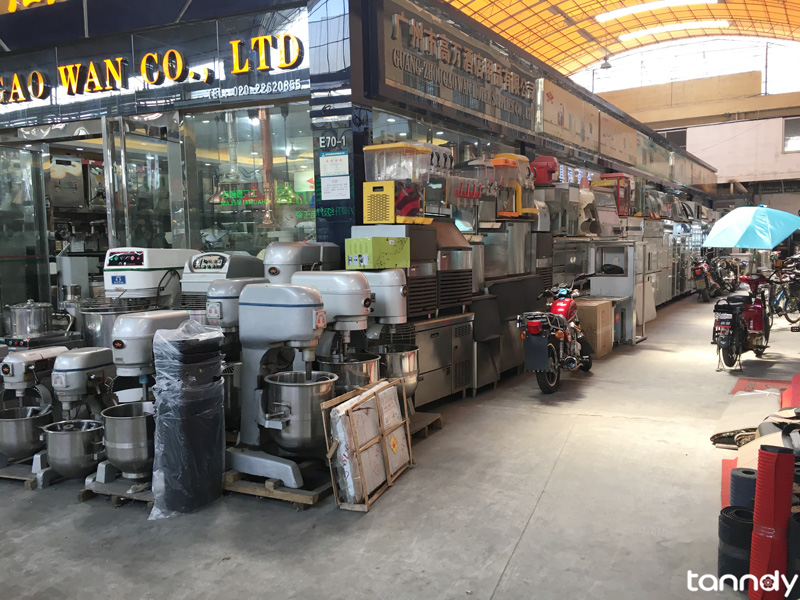 buying hotel supplies from China - equipment shop
