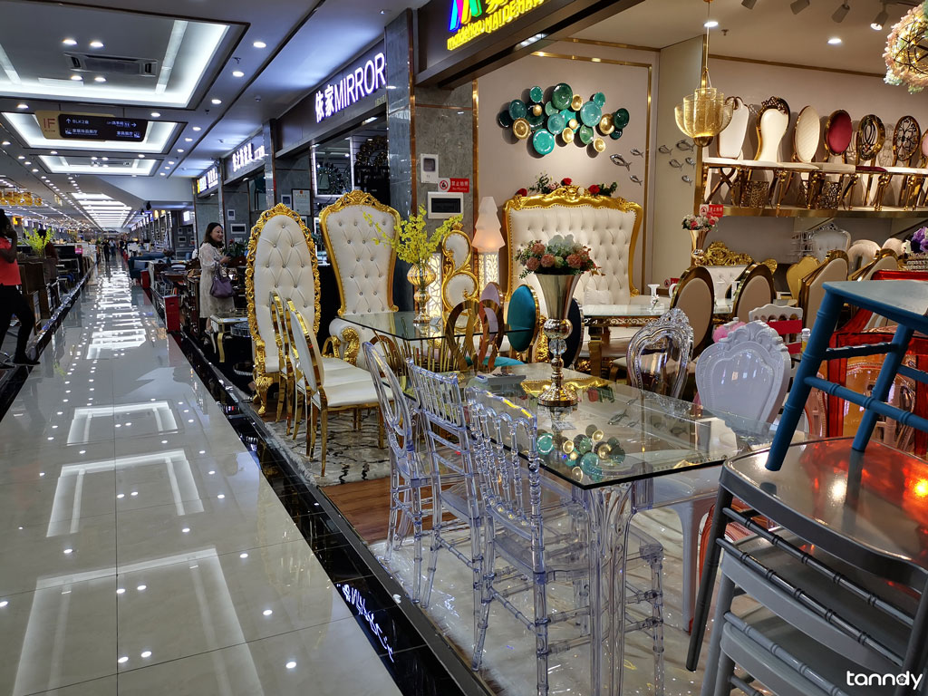 furniture-shop-in-furniture-wholesale-market-in-Foshan-shunde