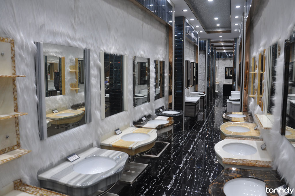 Foshan-Sanitary-market-bathroom-cabinet-showroom-2