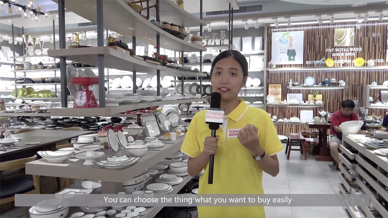 A big showroom for ceramic tableware