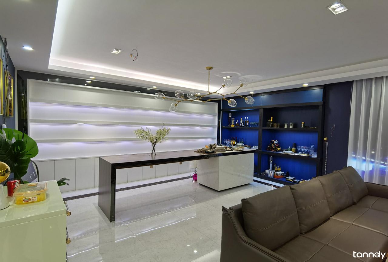 cabinet-showroom