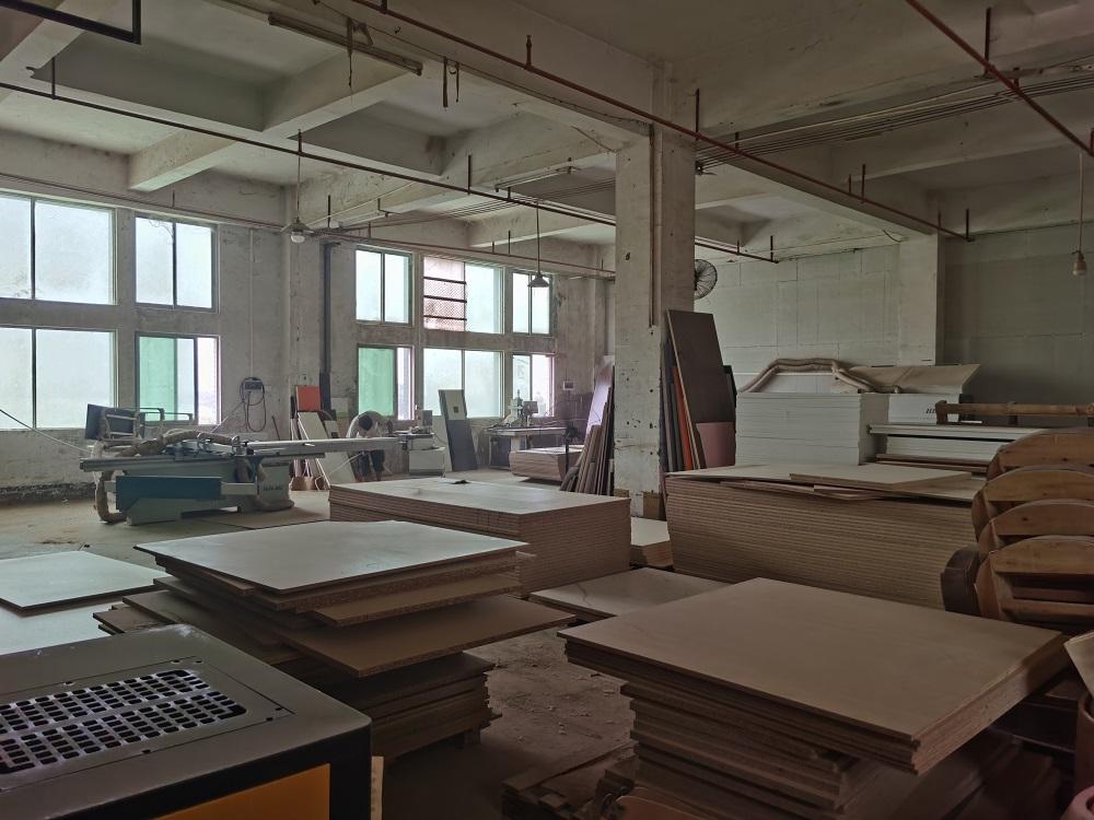 Visiting Furniture Factory in Foshan China (14)